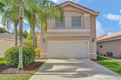 Miramar Single Family Home For Sale: 17456 SW 20th St