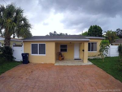 North Miami Beach Single Family Home For Sale: 1479 NE 177th St
