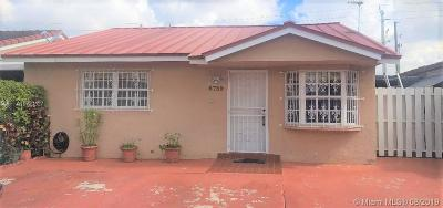 Hialeah Gardens Single Family Home For Sale: 8739 NW 116th Ter