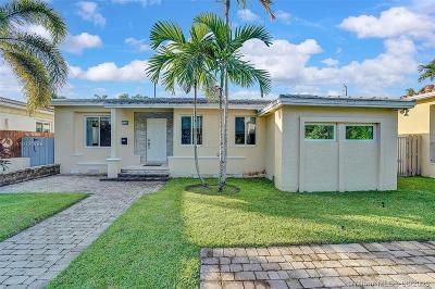 Miami Beach Single Family Home For Sale: 1440 Marseille Dr