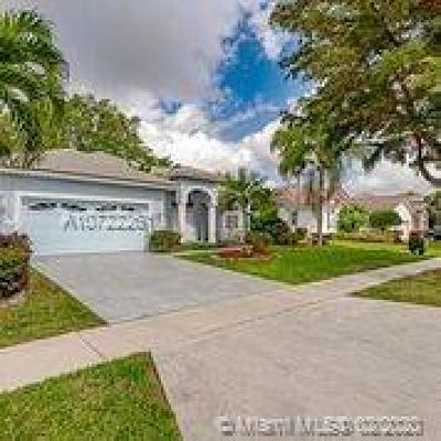 Boca Raton Single Family Home For Sale: 10288 Lexington Estates Blvd