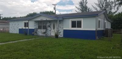 Miami Gardens Single Family Home For Sale: 20515 NW 28th Ave