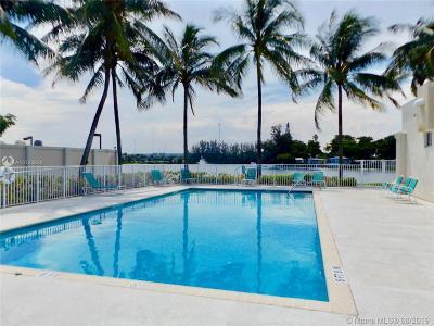 Pembroke Park Single Family Home For Sale: 3300 Pembroke Rd 338