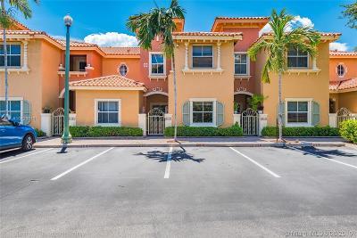 Dania Beach Condo/Townhouse For Sale: 4927 N Harbor Isles Dr #205