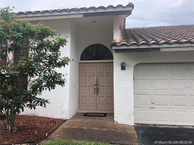 Coral Springs Single Family Home For Sale: 5656 NW 64th Ln