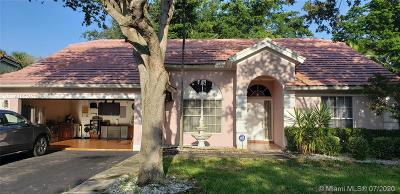 Coconut Creek Single Family Home For Sale: 4951 NW 45th Ter