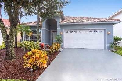 Boca Raton Single Family Home For Sale: 18453 Old Princeton Ln