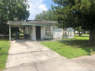 Miami Single Family Home For Sale: 2401 NW 91st St