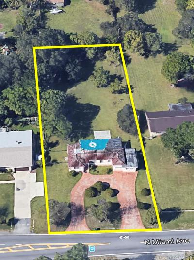 Miami Single Family Home For Sale: 13538 N Miami Ave