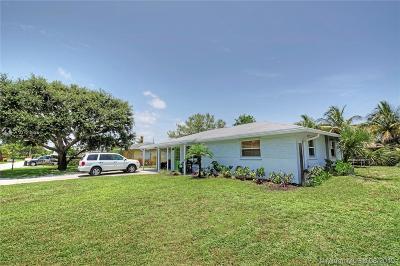 Jupiter Single Family Home For Sale: 121 E Windsor Road