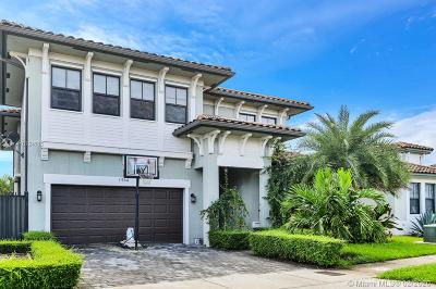 Miami Single Family Home For Sale: 1960 SW 154th Ave