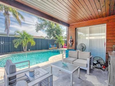 Sunrise Single Family Home For Sale: 8551 NW 24th St