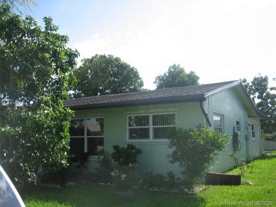Tamarac Single Family Home For Sale: 5716 NW 66th Ave
