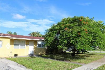 Sunrise Single Family Home For Sale: 2040 NW 64th Ave