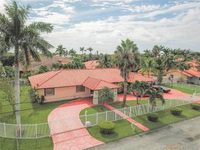 Miami Single Family Home For Sale: 3005 SW 110th Ave