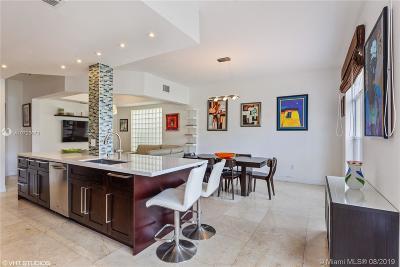 Aventura Single Family Home For Sale: 21146 NE 33rd Ave