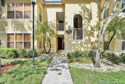 Sunrise Condo/Townhouse For Sale: 437 Vista Isles Dr #2224