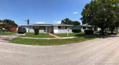 Miami Gardens Single Family Home For Sale: 17801 NW 15th Ct