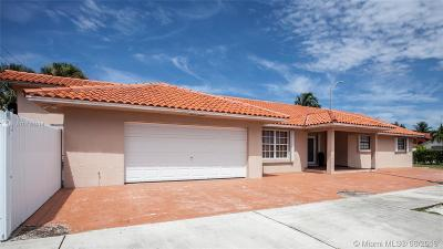 Hialeah Single Family Home For Sale: 7660 W 4th Ct