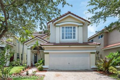 Dania Beach Single Family Home For Sale: 825 Natures Cove
