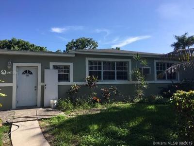 North Miami Single Family Home For Sale: 180 NE 121st St