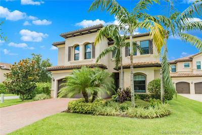 Delray Beach Single Family Home For Sale: 16920 Bridge Crossing Cir