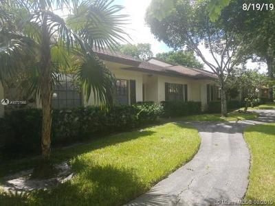Davie Single Family Home For Sale: 7504 Nova Drive #3