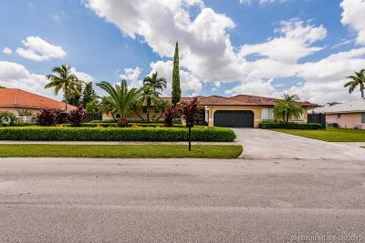 Miami Single Family Home For Sale: 12840 SW 188th St