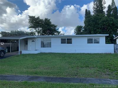Hallandale Single Family Home For Sale: 921 SW 3rd St