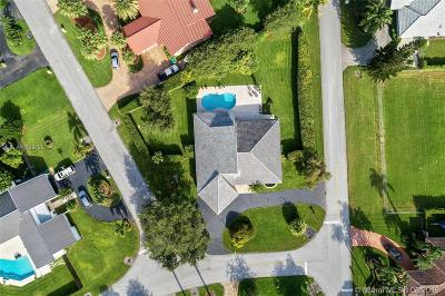 Miami Single Family Home For Sale: 13801 SW 109th Ave