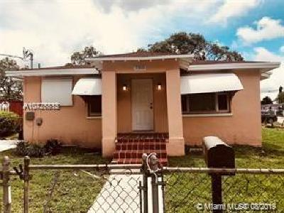 Miami Single Family Home For Sale: 7305 NW 17th Ct