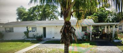 North Miami Single Family Home For Sale: 580 NE 180th Dr