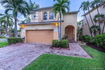 Aventura Single Family Home For Sale: 3030 NE 208th St