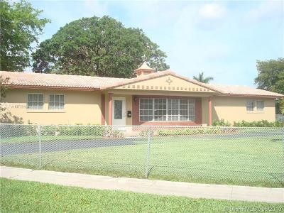 Plantation Single Family Home For Sale: 5650 SW 5th St