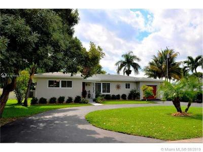 Hollywood Single Family Home Active Under Contract: 3232 Van Buren St