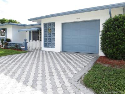 Margate Single Family Home For Sale: 1000 NW 68th Ter