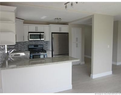 South Beach Single Family Home For Sale: 1200 14th St #3A