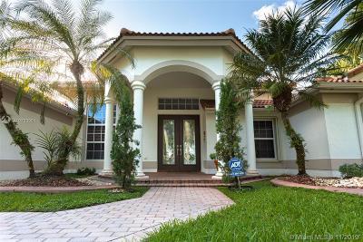 Davie Single Family Home For Sale: 3553 Crystal Ln