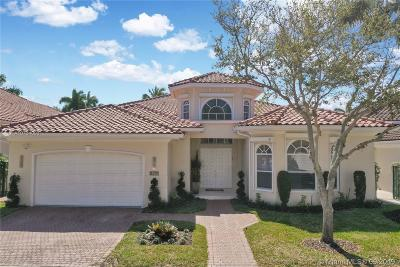 Hollywood Single Family Home For Sale: 902 Captiva Dr