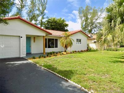 Tamarac Single Family Home For Sale: 9206 NW 81st Ct