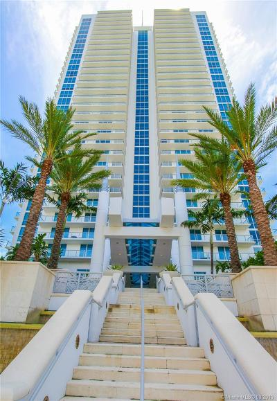 Hollywood Condo/Townhouse For Sale: 3101 S Ocean Dr #2403