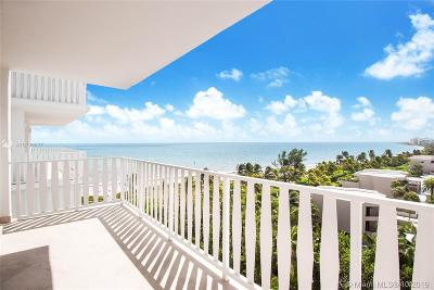Island House Apt Inc - Co Single Family Home For Sale: 200 Ocean Lane Dr #904
