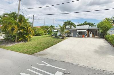 Dania Beach Single Family Home For Sale: 4820 SW 41st Ave