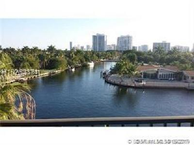 Hallandale Condo/Townhouse For Sale: 301 Golden Isles Dr #205