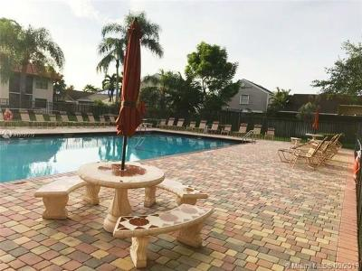 Sunrise Condo/Townhouse For Sale: 15801 W Waterside Cir #205