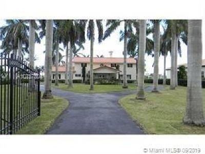 Miami Single Family Home For Sale: 14001 SW 97th Ave
