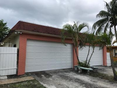 Pompano Beach Single Family Home For Sale: 2810 NW 5th St