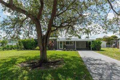 Miami Single Family Home For Sale: 5526 SW 89th Ct