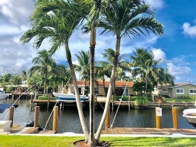 Pompano Beach Single Family Home For Sale: 301 E McNab Rd #114
