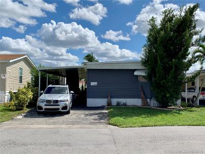 Dania Beach Single Family Home For Sale: 2750 SW 54th St